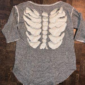 Sweaters - skeleton cut open back sweater